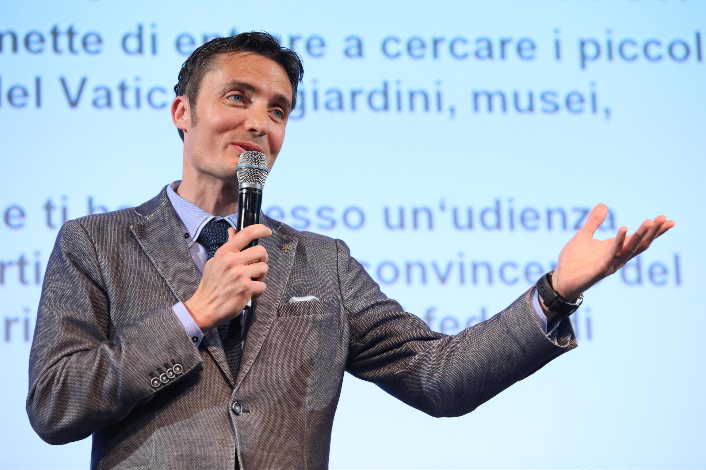 [:de]Moderation_Marco Di Sapia[:]